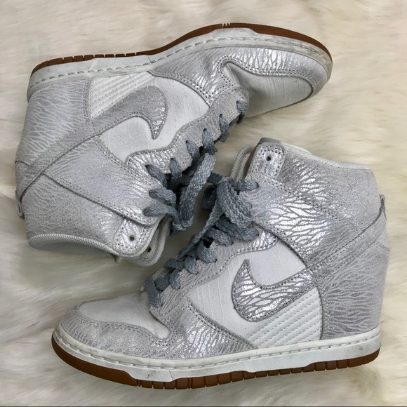 4662c39d1bc1 ... sweden nike sky hi dunks vintage silver aviation 88c5c b5001